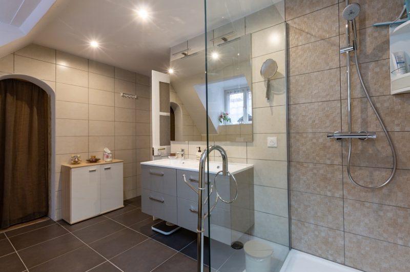 Salle de bain renovee douche alsace