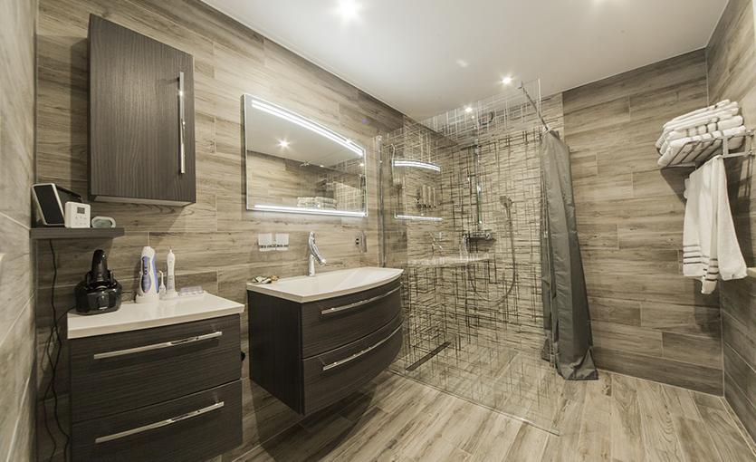 receveur de douche extra plat pour rénovation de salle de bain